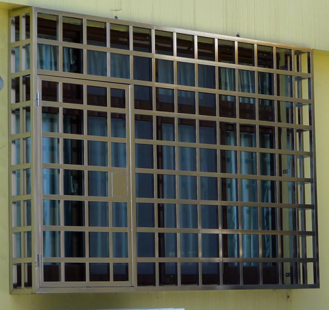 不鏽鋼鐵窗